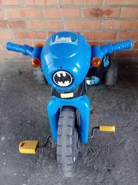 Triciclo Fisher price Batman