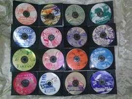 16 juegos para  Play Station 1 ,plateados, el lote. No Sega