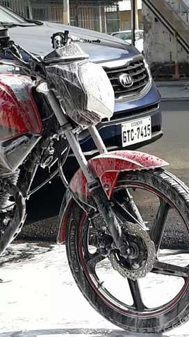 Vendo moto shineray Xy 150 10f POCO RECORRIDA COMO NUEVA MATRICULADA HASTA EL 2021