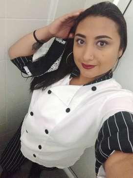 Hola buenas a todos busco trabajo con urgencia sea  como auxiliar de cocina,mesera,camarera,aseo o empleada domestica
