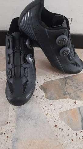 Zapatillas SUPER LOOK para ruta