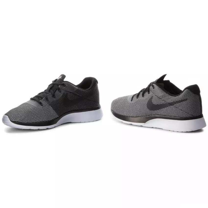Zapatillas Nike Tanjun Racer-talle 41.5