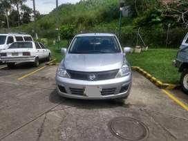 Nissan Tiida 2013 único dueño como nuevo