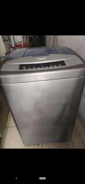 Lavadora Whirlpool digital 20 libras