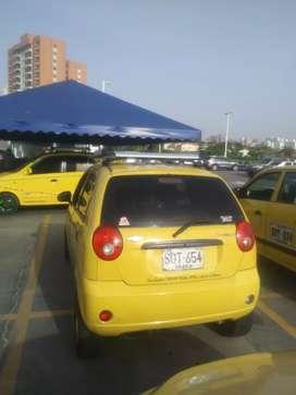 Vendo taxi chevrolet spark en excelentes condiciones.