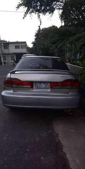 Vendo honda año 20002 en buen estado  3000 negociable