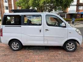 Vendo Chevrolet Minivan N-200 de lujo modelo 2011