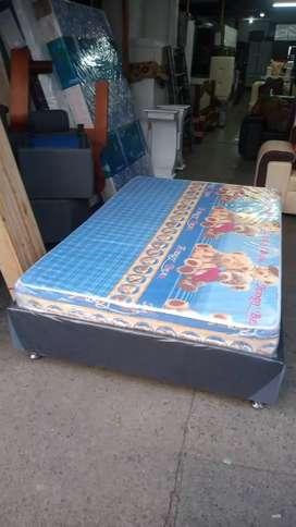 Combo cama base más colchón más almohadas al los mejores precios de la ciudad