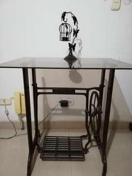 Mesa auxiliar de antiguedad