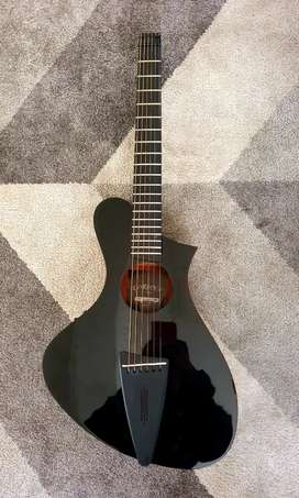 Guitarra electro acústica corona aphrodite headless