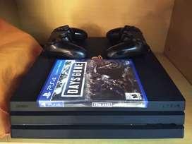 PS4 Pro 1tb 2 joystick 1 juego