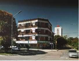 Amplio departamento a 7 cuadras de plaza central