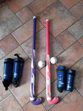 Palos Hockey y canilleras