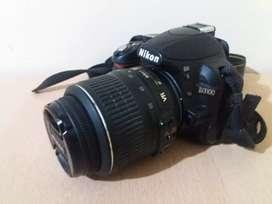 Nikon D3100. Lente VR 18-55