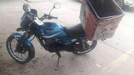 se vende moto kawasaki wind 125