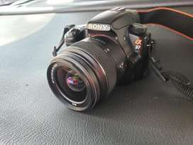 Camara Sony A37