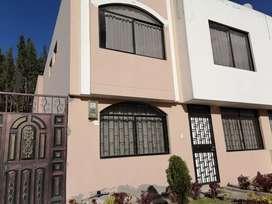Hermosa casa de arriendo en Latacunga