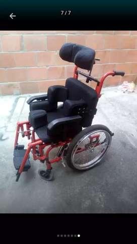 Silla de ruedas especial