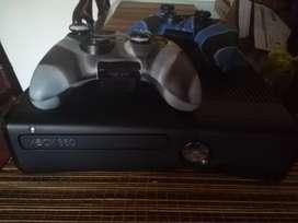 Xbox 360 excelente estado. 3.0
