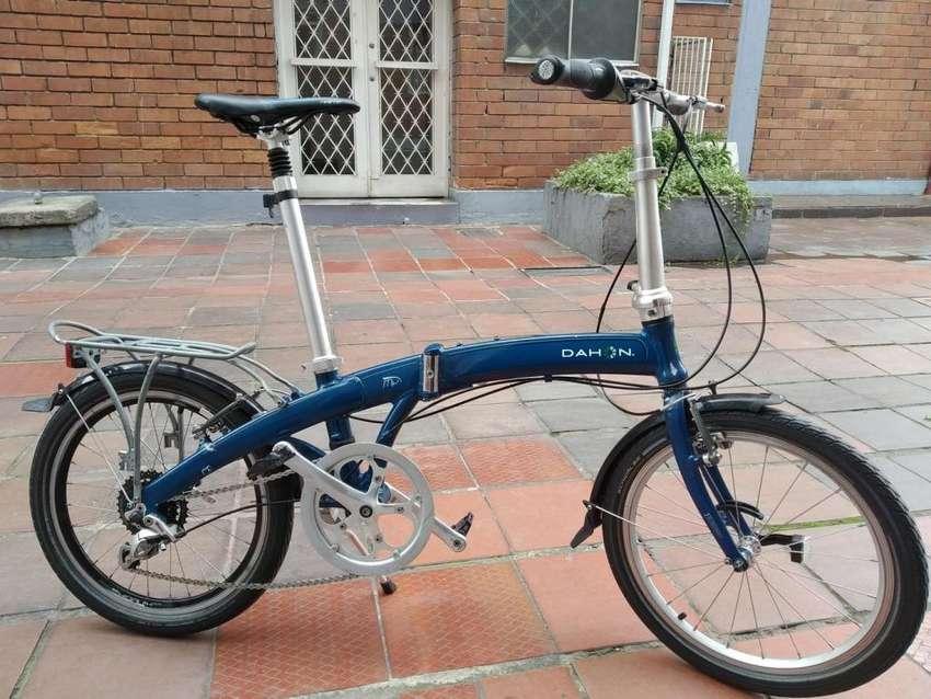Bicicleta plegable Dahon MUP8 Usada en buen estado 0