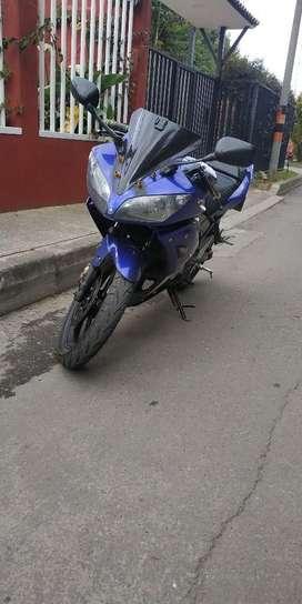 Yamaha R 15 Económica