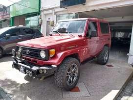 Toyota Land Cruiser Modeló 1997 Perfecto Estado.