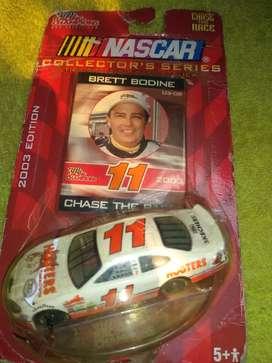 Carro  Nascar en su empaque edición 2003