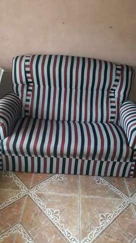 Vendo sillones uno de un cuerpo y uno de dos cuerpos