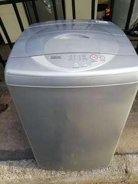 Lavadora Samsung gris 15 libras con garantía