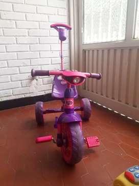 Se vende Triciclo en perfecto estado