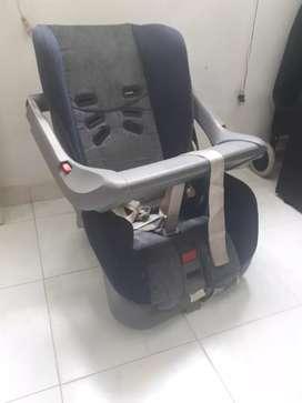Se vende silla niño para carro