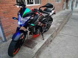 Vendo hermosa moto muy bien cuidada