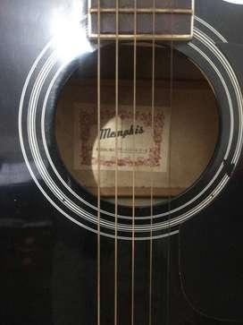Guitarra electro acústica marca Memphis