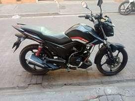 Vendo moto AKT r3 125