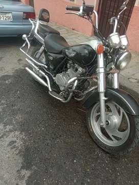 Se vende moto al día