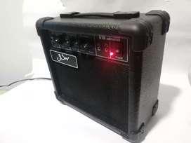 Amplificador para Guitarra de 10 Watts