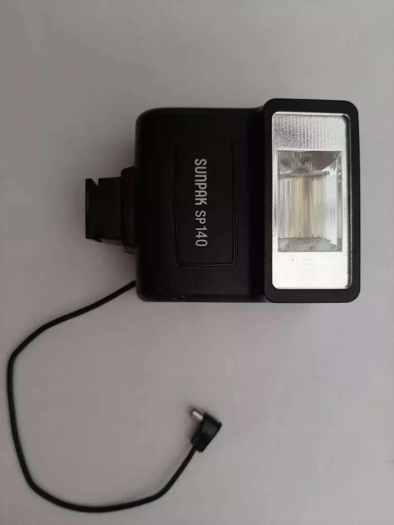 Flash sunpak sp 140 0