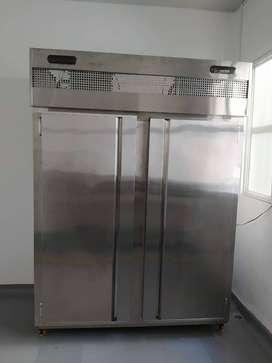 Vendo refrigerador industrial mixto
