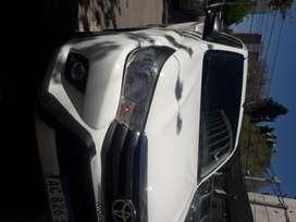 Permuto Toyota Hilux sr 4x4 cómo molesta por camion