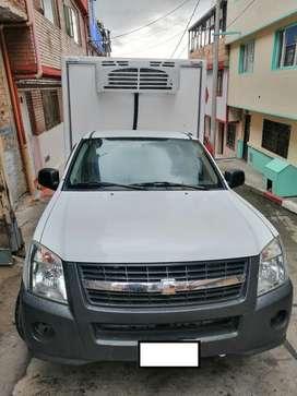 camioneta Luv D-max con termiking
