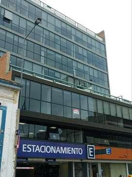ALQUILO OFICINA EN CORDOBA CENTRO A METROS DE LA CAÑADA