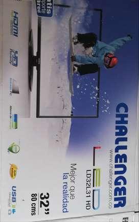 """Televisor LED 32"""" marca challenger"""