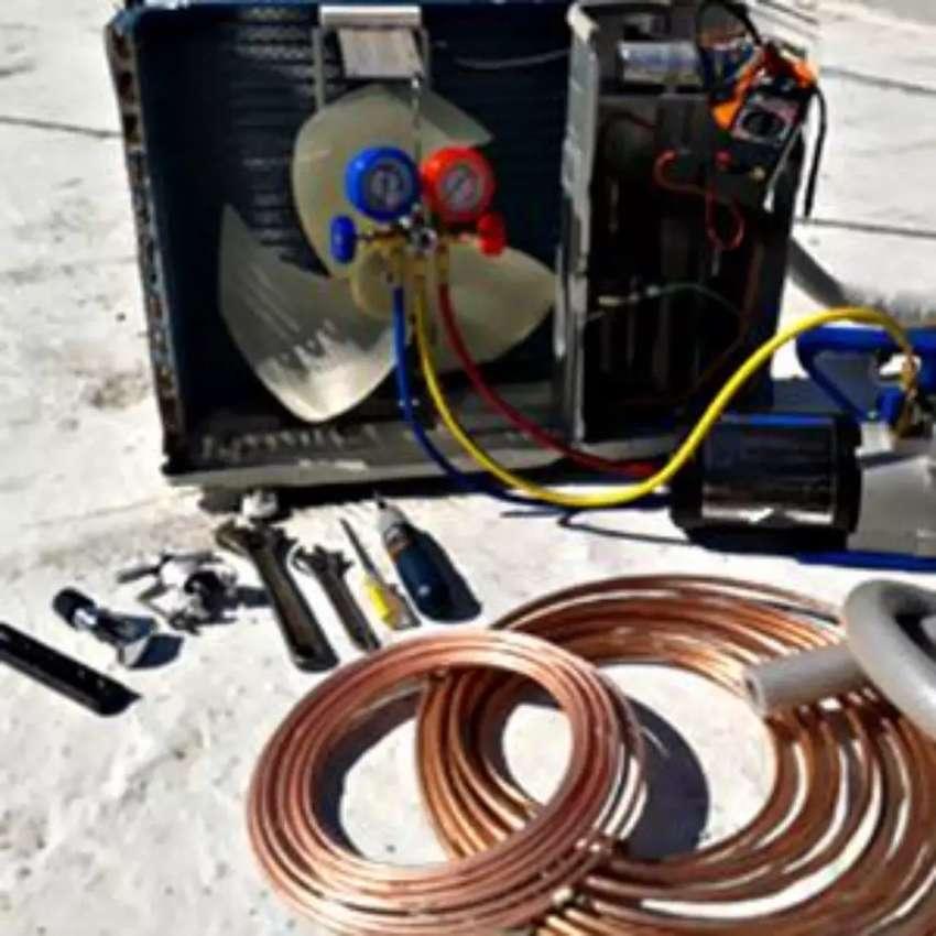 Tecnico de refrigeracion ofrecemos los servicion de mantenimiento preventivo, correctivo e instalacion de aires y nevera 0