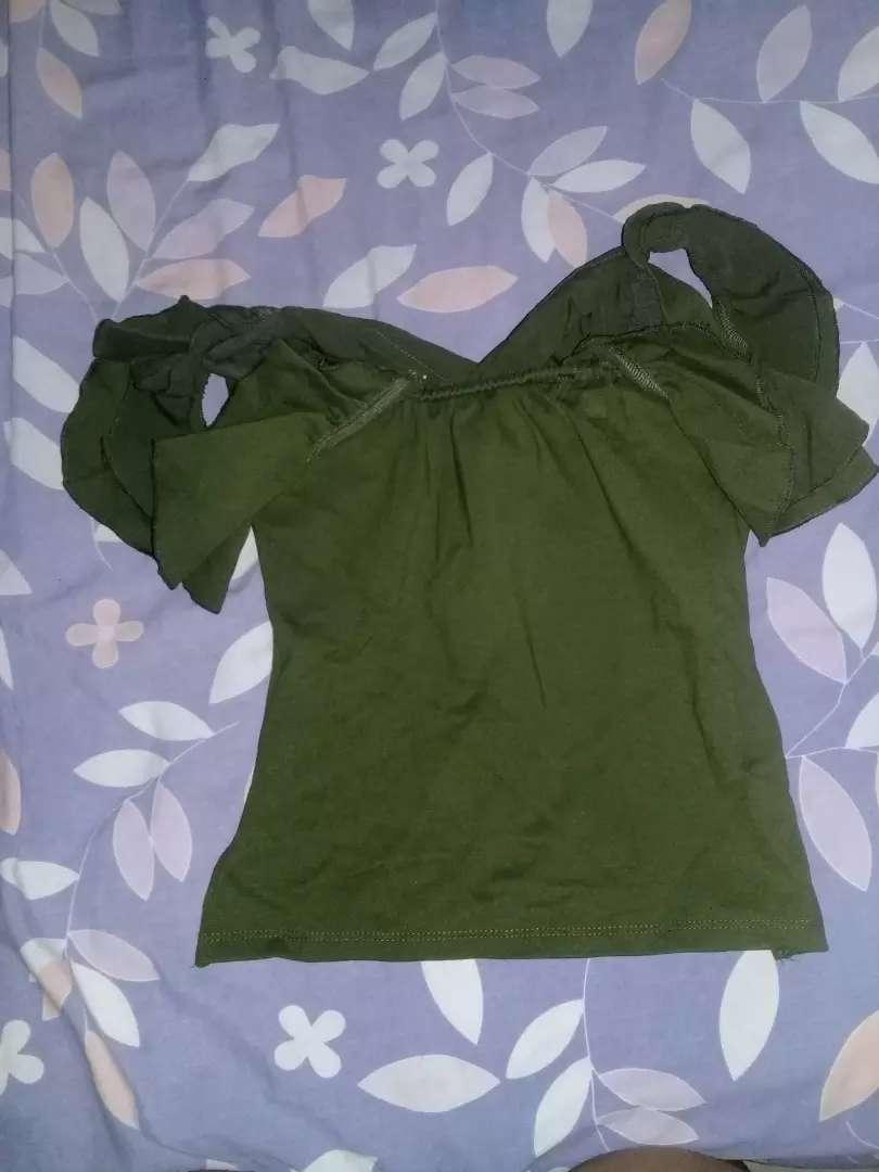 Vendo blusa 1 solo uso 0