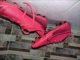 Se venden guayos talla 38-39 Nike vapor Casi nuevos 3 usos