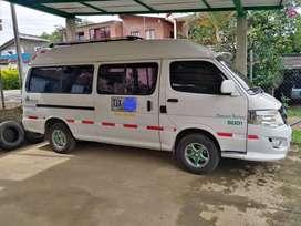Vendo Van modelo 2014 capacidad 16 pasajeros