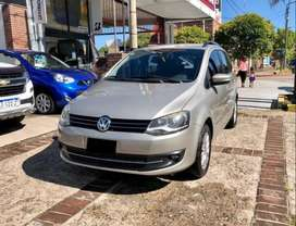 Volkswagen Suran Highline 1.6 N. CUERO