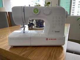 Maquina de coser Singer SM024-Nueva!