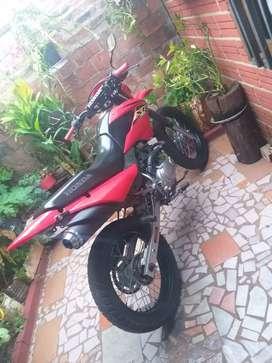 HONDA XR125L 2013 Todo al diaj