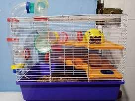 Vendo hamster y casa 2 pisos